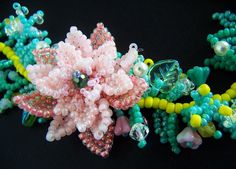 Pink Beaded Flower Bracelet VIRR by VIRR on Etsy