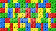 Imagina na festa tema lego um porta copos feitos com as pecinhas. Adorei essa ideia e com uma festa de Lego a criatividade não tem asas.   Para fazer os porta copos eu usei uma base preta e as peças coloridas para ficar mais padronizado.  Acesse o site e confira os 30 dias sem parar com LEGO http://ift.tt/1oBoEWj