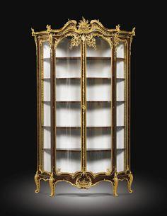 JOSEPH-EMMANUEL ZWIENER PARIS, CIRCA 1875-1900 A LARGE AND VERY FINE GILT-BRONZE MOUNTED KINGWOOD DOUBLE-DOOR VITRINE