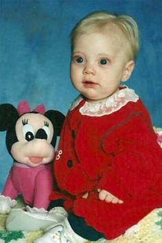 Murder of Kristen Salem by Shawn Grell: girl was burned alive in a drainage ditch by her father - The Criminal Journal Murder Stories, Todd Hido, Angel Kids, 2 Year Old Girl, Scum Of The Earth, Losing A Child, Stories For Kids, True Crime, Kids
