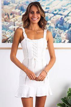 4fe7d80efc660 Dandelion Spring Dress - White - Stelly