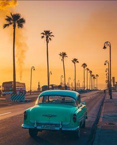 Morning Sun rising , Havana Cuba More memes, funny videos and pics on Cuba Photography, Travel Photography Tumblr, Nature Photography, Cool Places To Visit, Places To Travel, Places To Go, Travel Destinations, Havana Cuba, Havana Beach