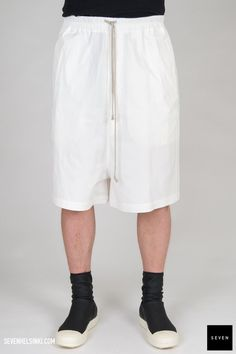 TE 11 MILK Cotton Rubber Buttons Corozo Rick Owens - Walrus - Made in Italy Model is wearing size He is Rick Owens, Midi Skirt, Skirts, Model, How To Wear, Cotton, Pants, Shopping, Collection