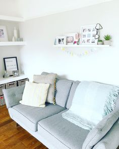 Living room design, living room shelf, shelf design, shelves in alcoves! I hope you all had a fabulous long Easter Weekend 🐣 I am just putting my house back together after one busy weekend filled with family,… Alcoves, Living Room Shelves, Easter Weekend, Shelf Design, Living Room Designs, My House, Couch, Throw Pillows, Bed