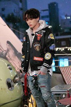 Share your favorite asian celebs/models/influencers outfits :giggle: [IMG] [IMG] [IMG] [IMG] Hip Hop, Yg Entertainment, Teen Top Cap, K Pop, Rapper, Ikon Member, Kim Jinhwan, Ikon Kpop, Ikon Debut