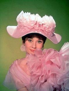 33-1026 Audrey Hepburn