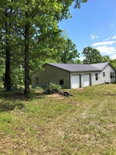 782-7 The American DreamYou're sure to find a private place when you need it in this ranch 4-bedroom/2-bath home on 80 acres in Ravenden Springs, AR.