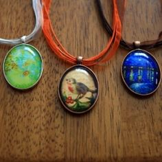 Have you seen these pricey necklaces for sale? Free tutorial on how to customizeour own necklaces including links for cheap supplies.