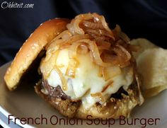 Go for big flavor in your burger with a packet of onion soup mix. Hamburgers, Cheeseburgers, French Onion Soup Burger Recipe, Empanadas, Beef Dishes, Food Dishes, Main Dishes, Burritos, Gourmet
