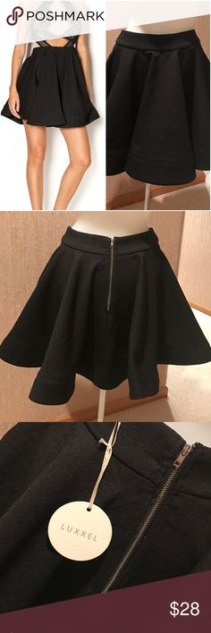 """❄SALE❄ NWT Black Flared High-Waisted Skater Skirt Never worn, elegant flared skater skirt - it's the kind of skirt that """"twirls"""" with you! Exposed silver zipper in the back. Great paired with a blazer and ballet flats for work or a cute crop top and pumps for a night out. Great for al seasons! Tags attached. No signs of damage or wear. Luxxel Skirts Circle & Skater"""