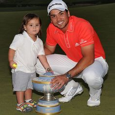 Congratulations to Jason Day and you can see a future PGA golfer in his future! Jason Day, I See Red, Golf Stuff, Golfers, Golf Shoes, Cardinals, Athletes, Sexy Men, Sons