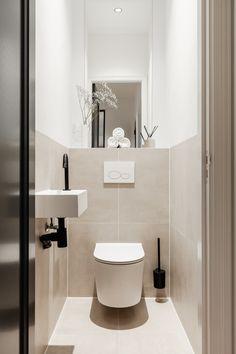Small Toilet Decor, Small Downstairs Toilet, Toilet Room Decor, Small Toilet Design, Small Toilet Room, Bathroom Design Small, Bathroom Interior Design, Minimalist Toilets, Small Bathroom Renovations