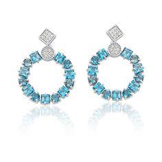 Brinco em ouro branco 18k, 12,8 pontos de diamantes e 26 topázios london blue…