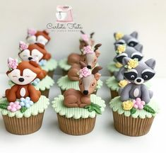 Baby Shower Cakes, Baby Shower Themes, Bolo Minnie, Minnie Cake, Pink Cake Pops, Animal Cupcakes, Baby Shower Dresses, Fondant Toppers, Woodland Party