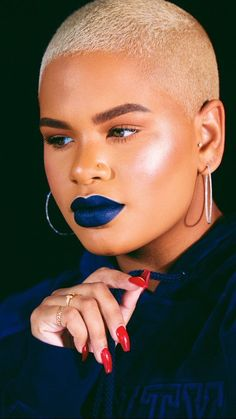 Alissa Ashley, Natural Hair Styles, Short Hair Styles, Fade Cut, Bald Girl, Bald Heads, Girly Girl, Girl Crushes, Lip Colors