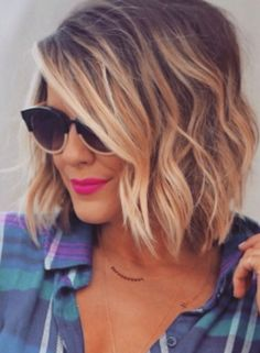 Layered and wavy - short ombre bob hiarstyle. Great look for fall 2015. How are you rocking your short hair this year?