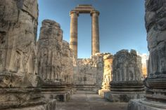 Temple-of-Apollo-Didim-Altinkum