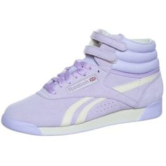 Reebok Classic FREESTYLE HI R12 Hightop trainers ($88) ❤ liked on Polyvore featuring shoes, sneakers, purple, women's footwear, purple sneakers, leather high top sneakers, leather sneakers, high top leather shoes and reebok sneakers