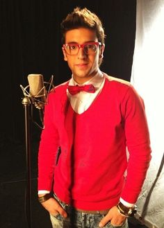 Piero Barone looking all festive! This is what he was wearing when he and Ignazio sent me my surprise birthday video via Brabble!