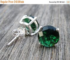 Gorgeous pair of Sterling Silver Stud Earrings in Green Quartz. Wrapped in a box ready for gift giving. (e-stud-63) These lovelies measure 9mm.    View