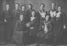40 Strangely Funny Womens Basketball Team Portraits From The Early 1900s