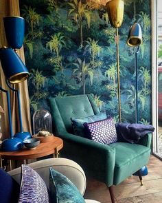 even though i cant make up my mind on how i feel about this, there is a nice blue/green balance thats evident on the wallpaper, furniture and fixtures in this shot
