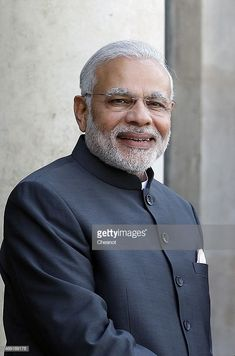 Indian Prime Minister Narendra Modi arrives at the Elysee Palace prior a meeting with French President Francois Hollande on April 2015 in Paris, France. This is the first time Narendra Modi visits France since his election in May