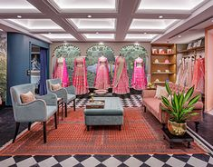 Anita Dongre's Flagship store based out of Khar, Mumbai. Showroom Interior Design, Boutique Interior Design, Studio Interior, Clothing Boutique Interior, Fashion Boutique, Exhibition Stall Design, Fashion Showroom, Vintage India, Anita Dongre