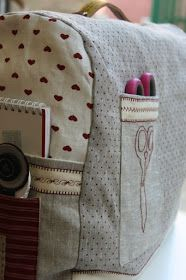 Sewing Machine Cover - like the pockets.