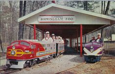 The train at the Birmingham Zoo