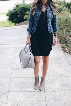 A date night look from a few days ago. This week I've been wearing dresses and…