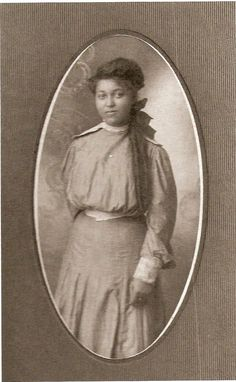 Name unknown. Courtesy of Robert H. McNeill Estate (circa 1900s) | Vintage African-American Portraits