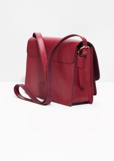 & Other Stories image 3 of Saddle Stitch Leather Shoulder Bag in Plum