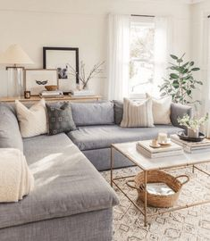 Modern meets traditional living room decor with gray sofa set. Coffee table modern meets traditional living room decor with gray sectional sofa. Coffee table decor and console table room # Modern Farmhouse Living Room Decor, Living Room Decor Traditional, Small Living Rooms, Living Room Grey, Rustic Farmhouse, Traditional Kitchens, Small Living Room Designs, Modern Living Room Design, Fresh Living Room