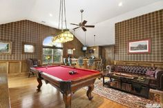 Town & Country Real Estate - Westhampton #TownandCountry #Hamptons #PoolTable #EntertainmentRoom