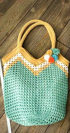 Creative Crochet Bag Patterns and Ideas 2020 - Page 33 of 48 - crochet patterns, crochet patterns free, crochet patterns for beginners, knitting patterns, free crochet patterns Crochet Beach Bags, Free Crochet Bag, Crochet Market Bag, Love Crochet, Crochet Bags, Crochet Bag Tutorials, Crochet Patterns For Beginners, Knitting Patterns, Loom Knitting