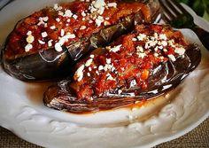 Ιμάμ Μπαϊλντί πολίτικο Meatloaf Recipes, Appetisers, Greek Recipes, Baking Recipes, Food Porn, Food And Drink, Yummy Food, Meals, Dishes