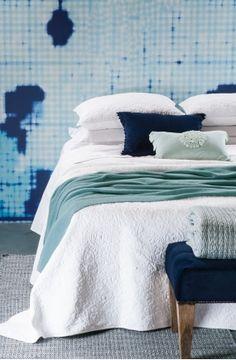 amarento white bedspread