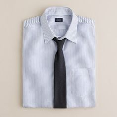 Point-collar dress shirt in poplar stripe