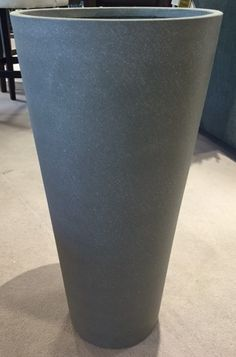 Kalalou - Medium Fiberstone Tapered Pot (For the Entry)