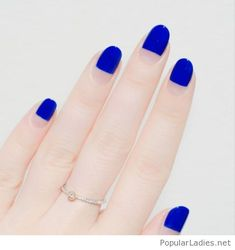 blue-nails-and-negative-space