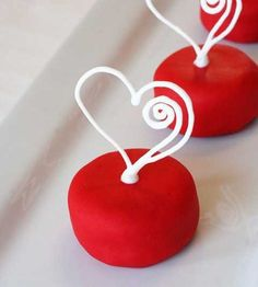 Oreo Valentine's Day petits fours – Petits fours de St-Valentin aux Oreos