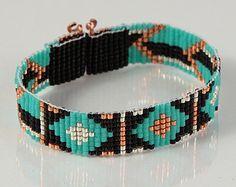 Frecce tribali perle Loom bracciale, gioielli artigianali, stile del nativo americano, sudoccidentale, bohemien, Hippie Chic, turchese, nero