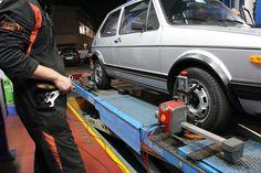 La convergenza delle ruote é una regolazione meccanica che si effettua sul veicolo allo scopo di uniformare l'usura degli pneumatici, sia anteriori che posteriori