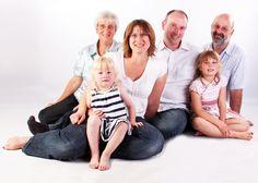 Cómo enseñar a tus hijos lo importante que son tus padres - http://madreshoy.com/como-ensenar-a-tus-hijos-lo-importante-que-son-tus-padres/