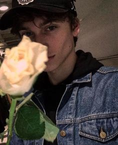 Ruben Pol —male models. jawline. roses. boys. aesthetics. fashion.