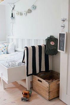 #kids #bedroom #black #white