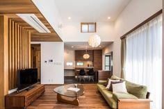 緑を望むオーダーキッチンに造作の扉…愛着に満ちた住まい|施工実績|愛知・名古屋の注文住宅はクラシスホーム