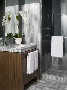 South Shore Decorating Blog: The Ultimate Design Goddess...  Shop for some Super Heavy White Towels for 'The New Bath'.  These appear to have a design sculpted into them...Check 'em out...
