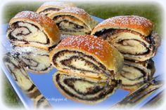 Strudel, Salmon Burgers, Bagel, Bread, Ethnic Recipes, Basket, Salmon Patties, Breads, Sandwich Loaf